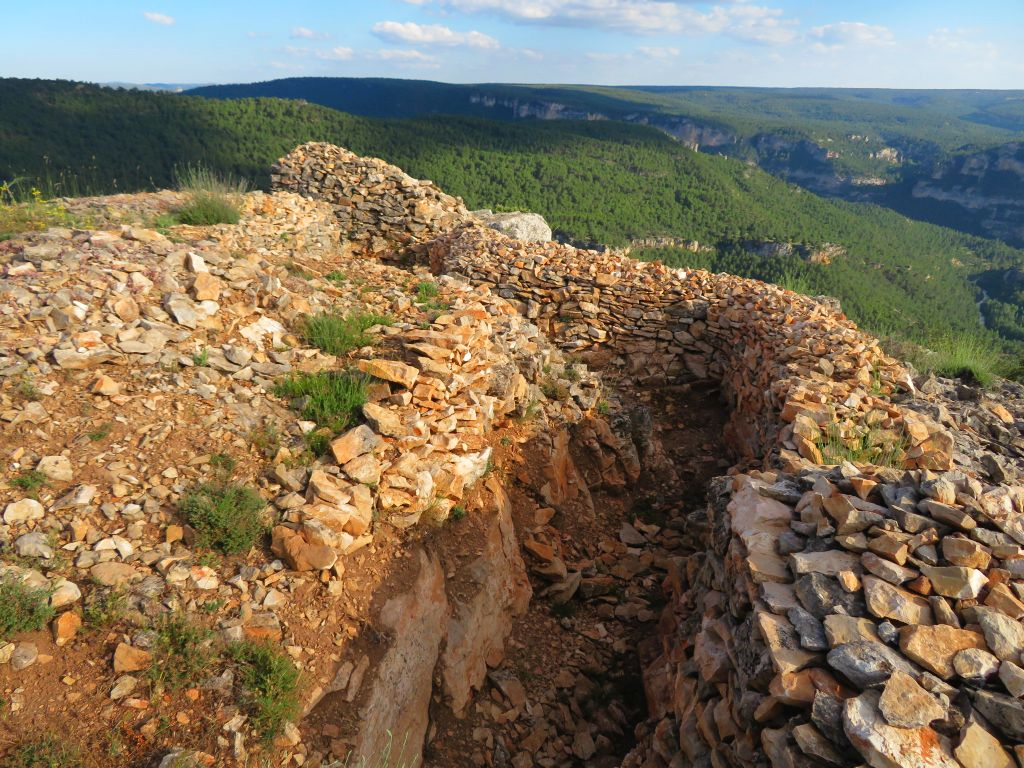 ruta castillo de Alpetea