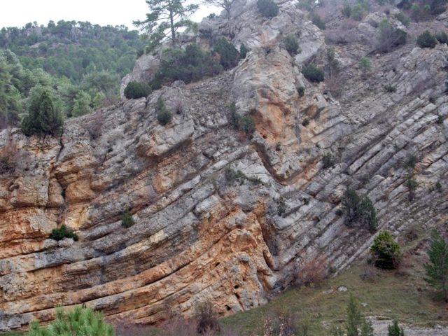 Pliegues alpinos de Cuevas Labradas